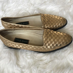cc39a449e03 Vintage Cole Haan Gold Braided Leather Flats